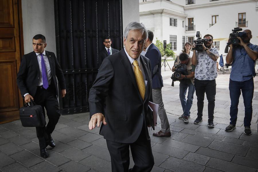 """""""Piñera sale del aislamiento internacional: viaja a Argentina a cambio de mando"""""""