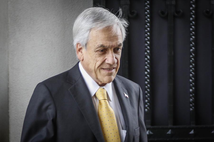 """""""Encuesta Cadem: Piñera sube levemente su aprobación y la oposición se desploma"""""""