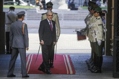 Presidente Piñera confirma que no asistirá al Cambio de Mando en Argentina