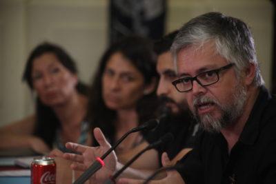 ¿Qué hacía Baradit como experto en la Comisión de Derechos Humanos del Senado?