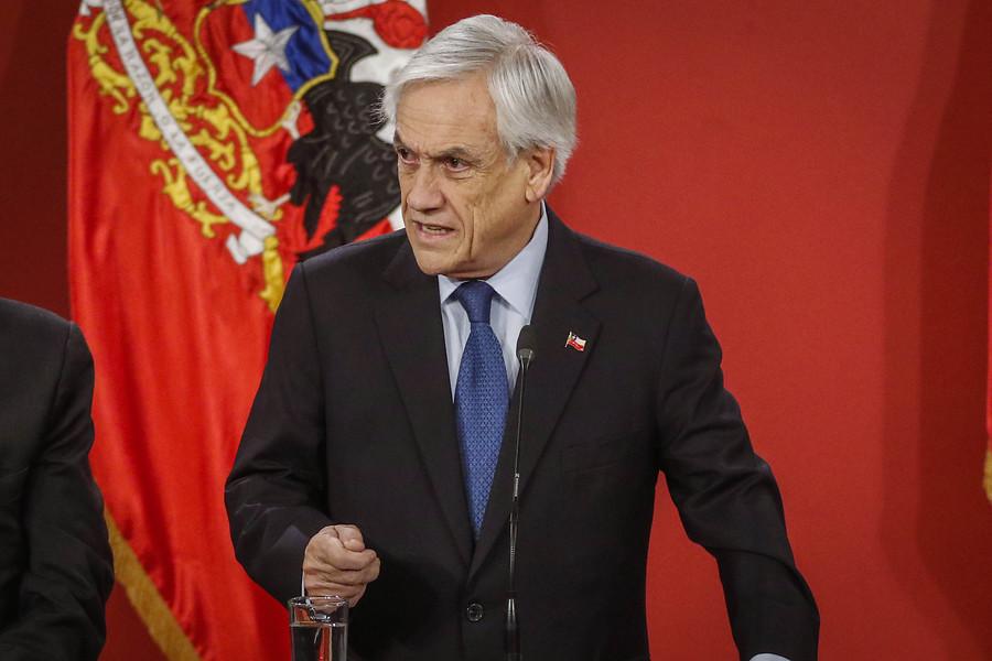 """""""Encuesta Cadem: Piñera mantiene aprobación y pensiones es el tema más valorado"""""""
