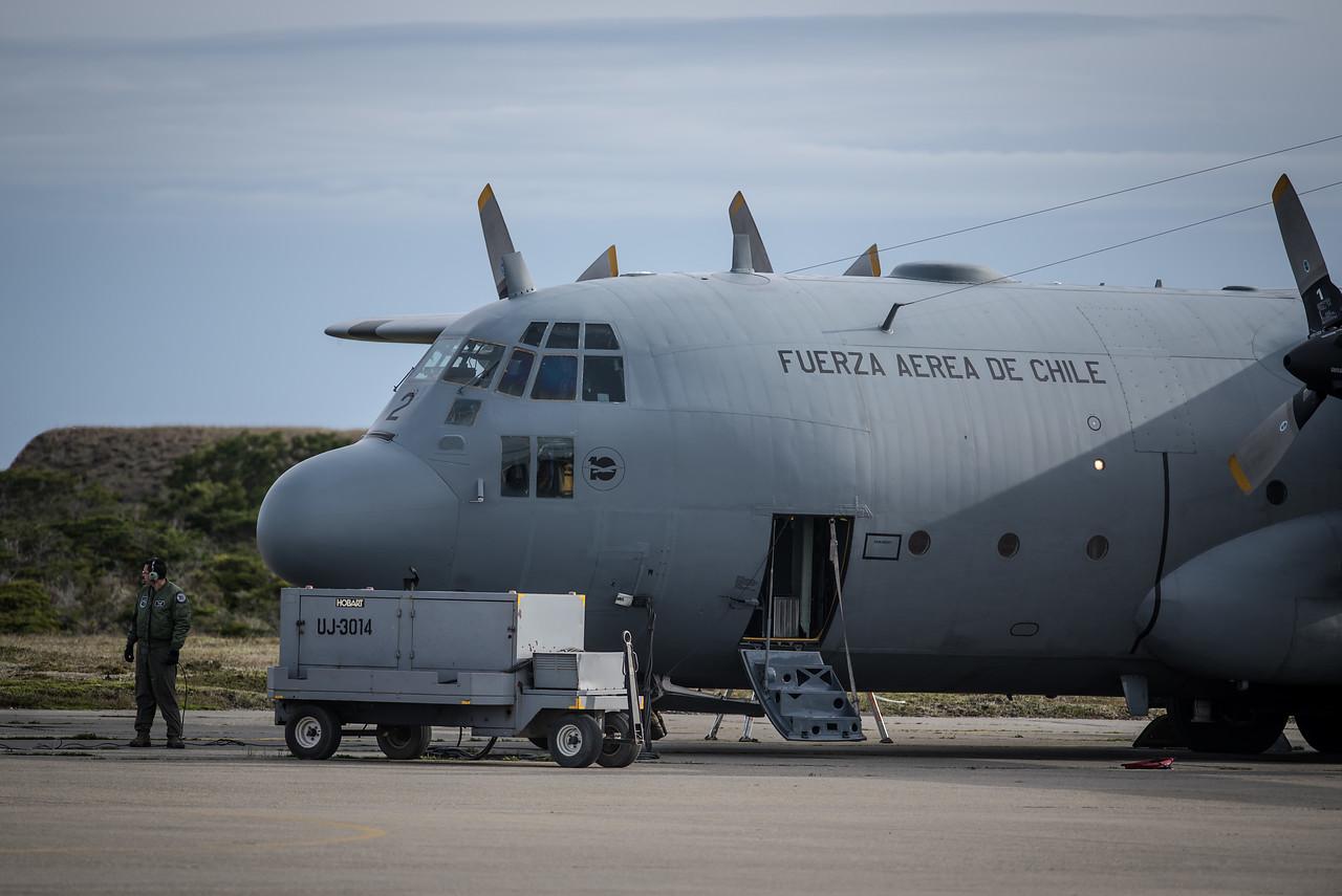 Familiares de pasajeros del avión Hércules C-130 llegaron a Punta Arenas