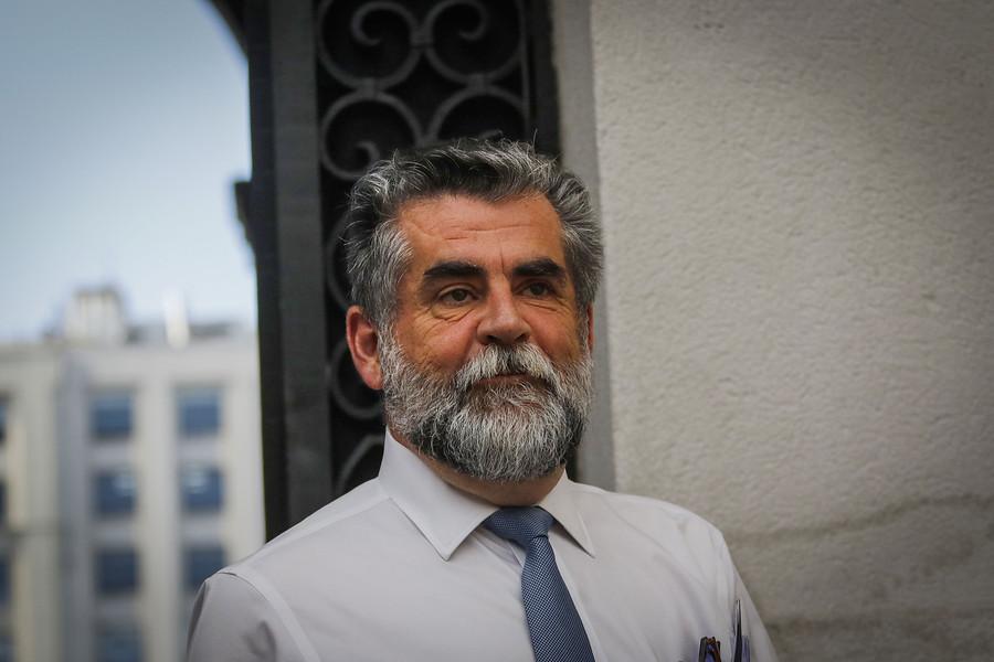 """Rodrigo Ubilla renuncia a la Subsecretaría del Interior """"por razones personales"""""""
