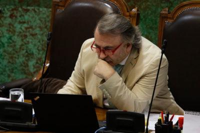 PR saca a Pepe Auth de Comisión de Hacienda tras fallida acusación contra Piñera