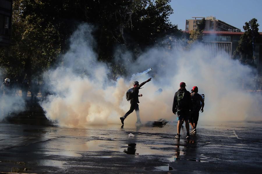 """""""INDH reporta 3.583 heridos en manifestaciones desde el estallido social"""""""