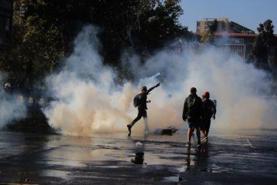 Jadue cuestiona atropello de manifestante por carro de Carabineros en Plaza Italia