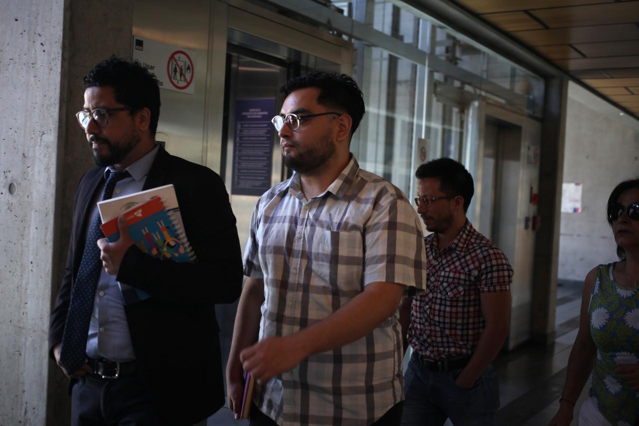 Reformalizan a profesor por daños calificados en estación San Joaquín