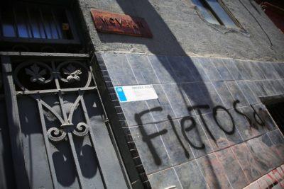 Vocera Rubilar condena ataque que sufrió sede del Movilh en Santiago