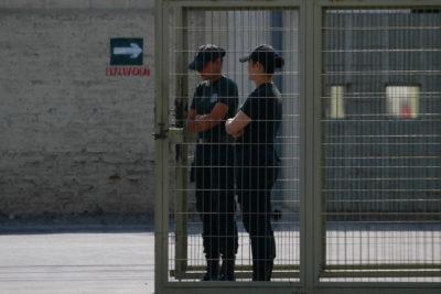 INDH se querella por tortura sexual contra internas de cárcel de San Joaquín