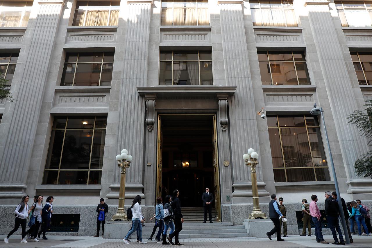 """""""Chile retrocedería 27 años"""": la sombría predicción del presidente del Banco Central"""