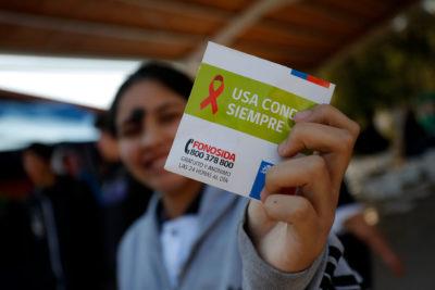 Aumento de VIH en Chile: por qué las campañas son poco efectivas