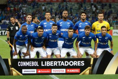 Verdugo de los chilenos en la Libertadores: Cruzeiro desciende por primera vez en su historia