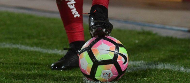 Muchos se van y ninguno llega: los efectos de la crisis en el mercado de pases del fútbol
