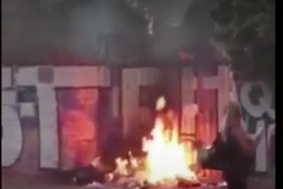 Encienden fuego en frontis de la vivienda donde fue asesinada Xaviera Rojas