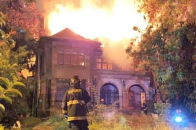 Viña Ciudad Nuestra acusa desinterés del mundo privado por incendio en Casa Italia