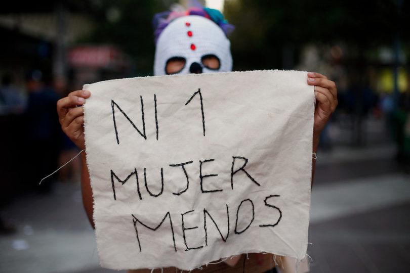 """Perú:critican a ministra de Justicia por evadir preguntas sobre violento femicidio """"por ser Navidad"""""""
