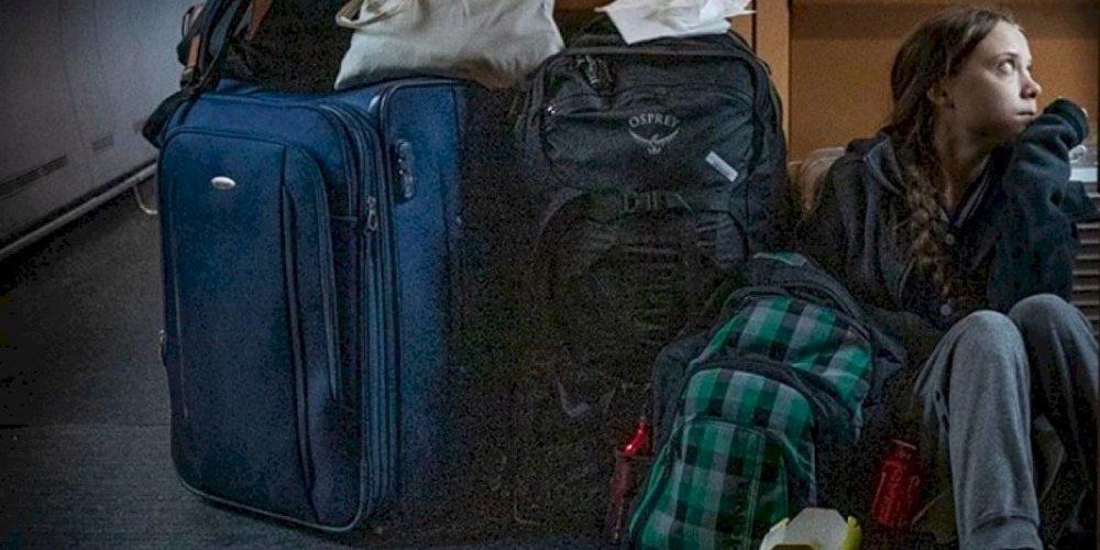 Polémica por Greta Thunberg viajando en el suelo de tren: empresa aclaró que estaba en primera clase