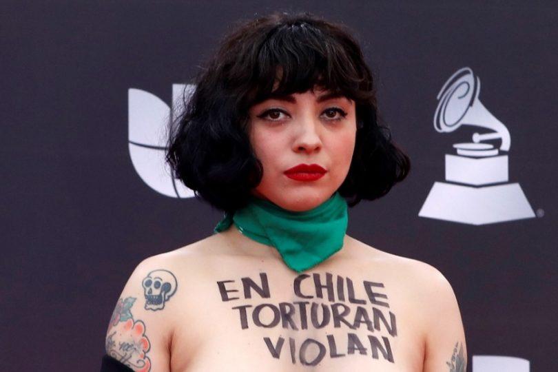 Mon Laferte es elegida por la BBC como una de los 12 artistas que cambiaron el mundo en 2019