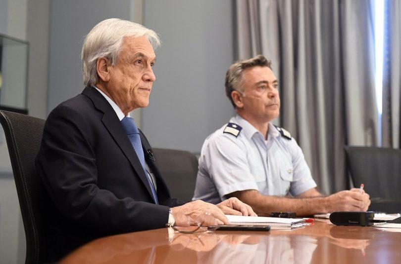 Piñera pide agotar todos los medios de búsqueda de avión de la FACh