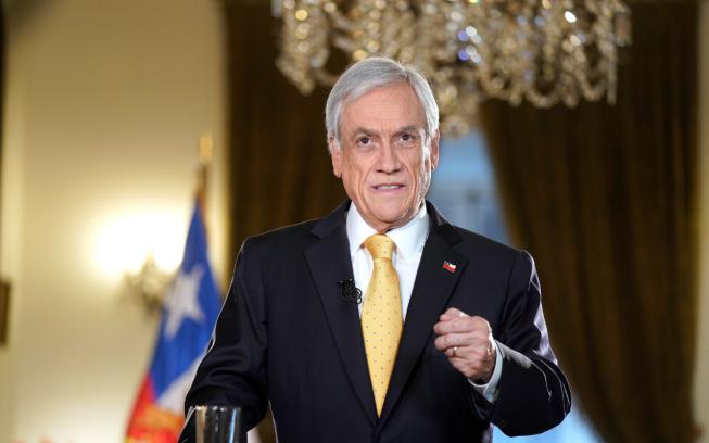 """Cárcel para delitos económicos y """"denunciante anónimo"""": las medidas de la Agenda Antiabusos de Piñera"""