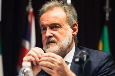 Argentina: designan a hermano de Marcelo Bielsa como embajador en Chile