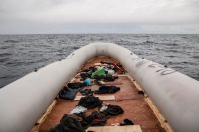 Naufragio deja más de 60 migrantes muertos en el Atlántico
