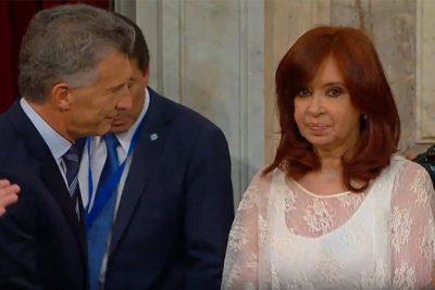 VIDEO | El incómodo y tenso saludo entre Cristina Fernández y Mauricio Macri durante el cambio de mando