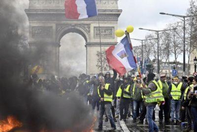 Francia: casi un millón de personas marchó contra la reforma de pensiones de Macron