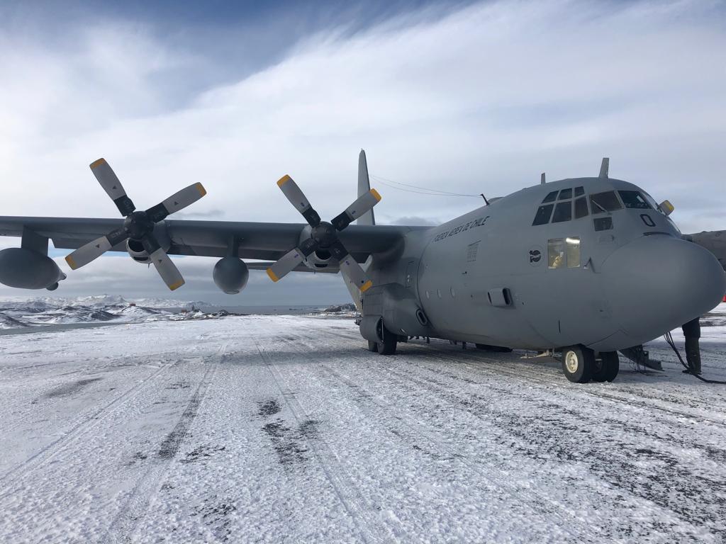 """""""Audio de supuesto pasajero de Hércules C-130 se suma a investigación"""""""