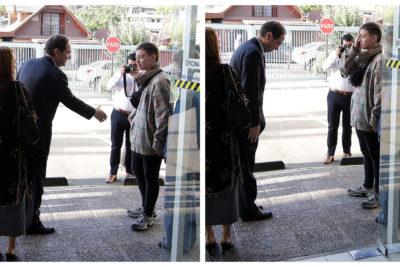 Joven tapa uno de sus ojos frente a ministro Hernán Larraín en actividad por ley de identidad de género