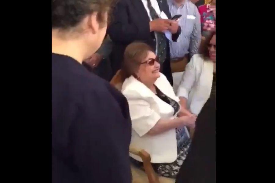 Lucía Hiriart reaparece en misa conmemorativa de la muerte de Augusto Pinochet