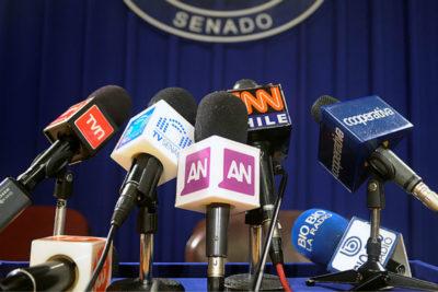 Los efectos del estallido en los medios: baja inversión en publicidad y despidos masivos