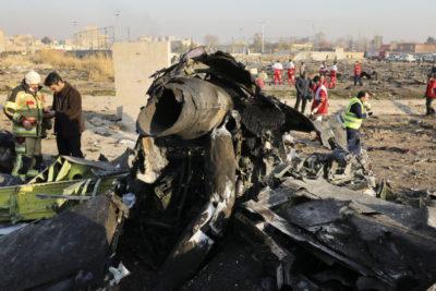 """Irán admite que derribó avión ucraniano con 176 personas """"por error"""""""
