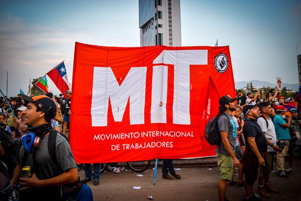 """""""Quiénes forman el Movimiento Internacional de Trabajadores que se tomó Plaza Italia"""""""