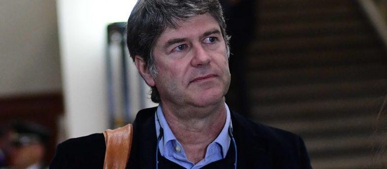 James Hamilton inscribe el Partido por la Dignidad para el proceso constituyente