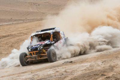 Chaleco López completa una etapa para el olvido y baja al tercer puesto del Dakar