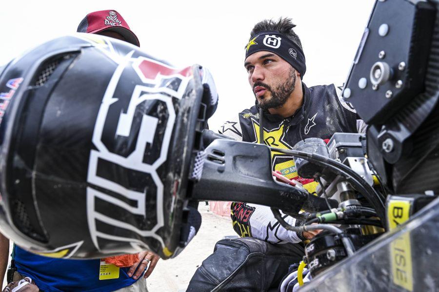 Quintanilla es segundo en la etapa 5 y se ubica cuarto en la general en el Dakar