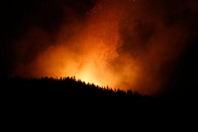 Declaran Alerta Roja para las comunas de Ercilla y Angol por incendio forestal