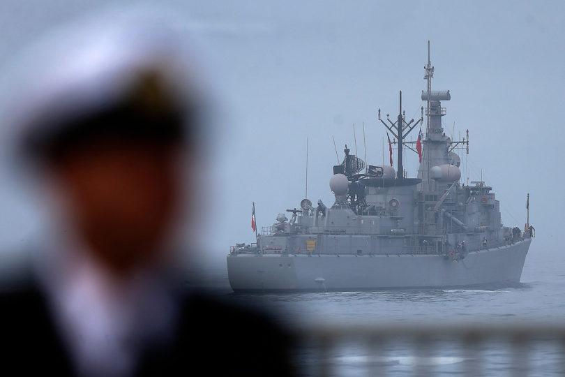 """Armada invertirá $346 millones en equipamiento antidistubios para resguardar """"infraestructura crítica"""""""