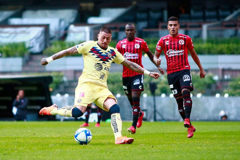 Nicolás Castillo sufre una trombosis luego de ser operado por una lesión