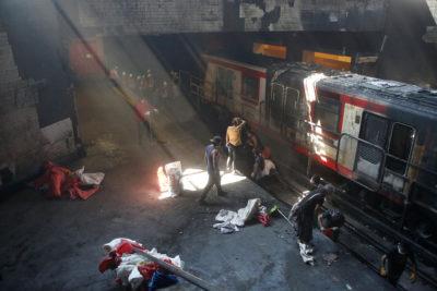 WOM aclara supuesta entrega voluntaria de datos a Fiscalía por ataques al Metro