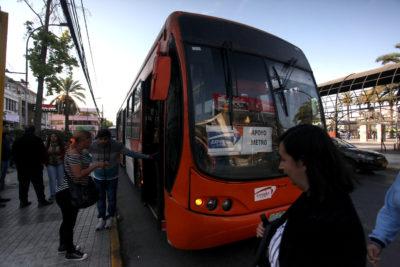 MTT reforzará con 50 buses el servicio de transporte en Santiago