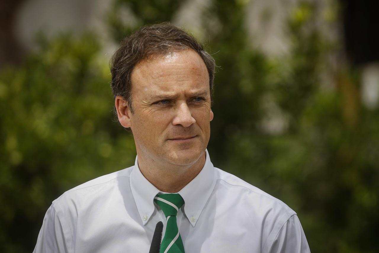 """Ministro Ward por restitución del voto obligatorio: """"Nos parece que no es el momento adecuado"""""""