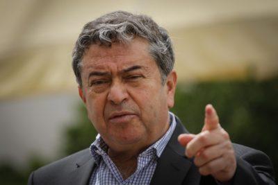 """Senador Coloma asegura que proyecto de paridad sería como """"meter la mano a la urna"""""""