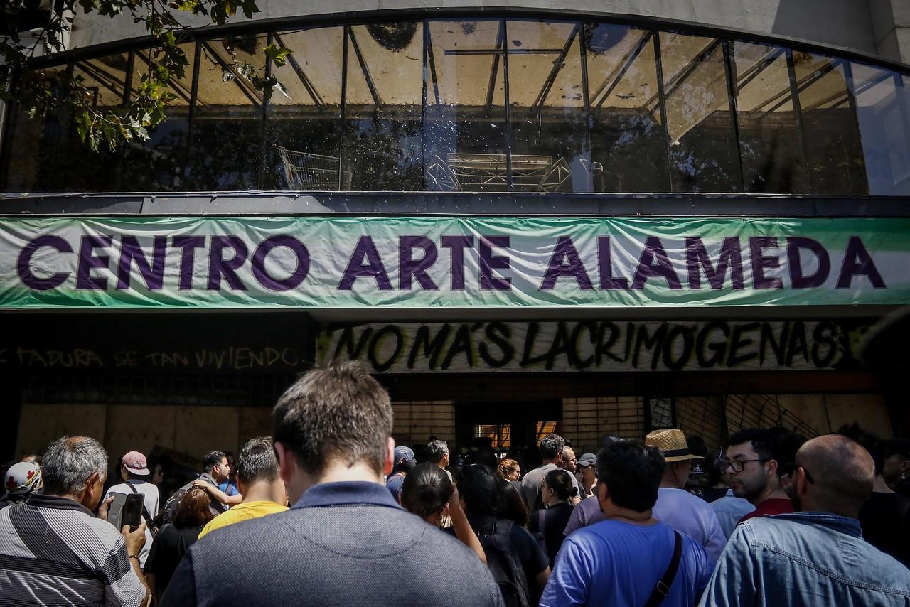 """""""Piden al alcalde Alessandri apoyar reconstrucción del Centro Arte Alameda"""""""