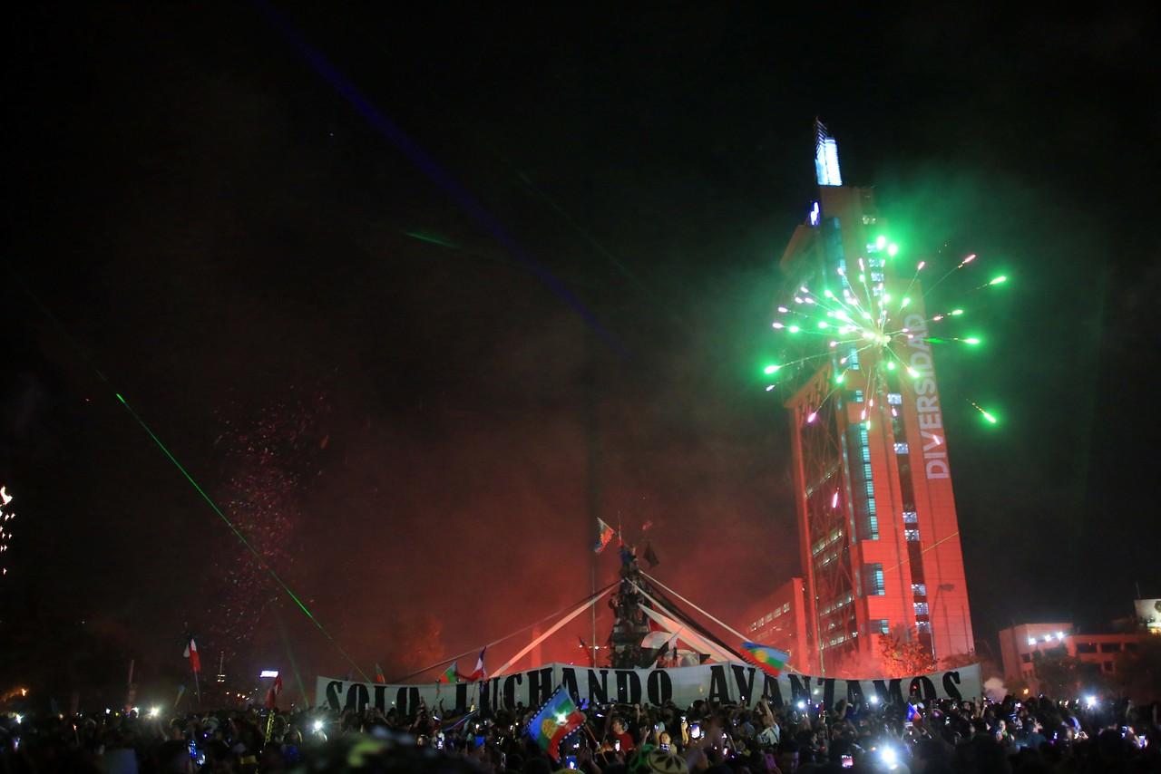 Así quedó Plaza Italia después de la celebración de Año Nuevo