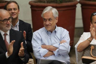 """""""Están debilitando el orden público"""": Piñera arremete contra oposición por acusación constitucional"""