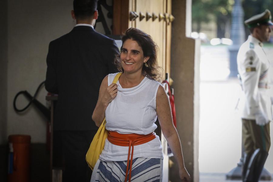 """Zaldívar se mostró """"absolutamente disponible"""" por propuesta sobre pensiones"""
