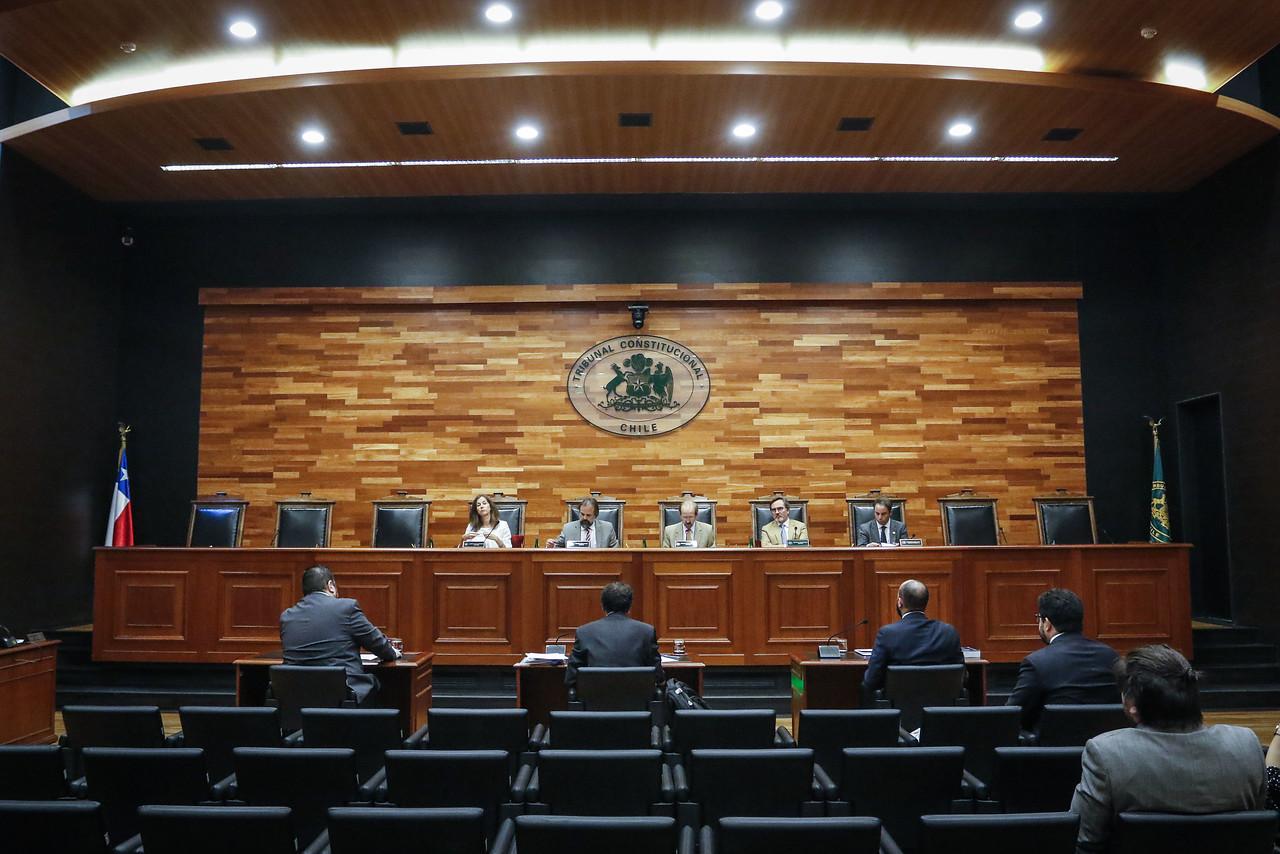 """""""Oposición ingresa requerimiento al TC para frenar Ley Antisaqueos"""""""