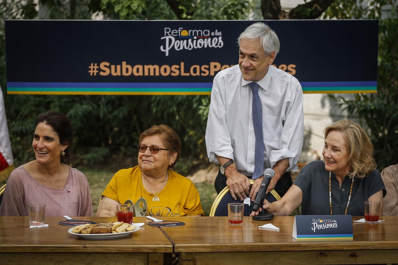 """""""Reforma de pensiones: montos, plazos y críticas a la propuesta previsional del Gobierno"""""""